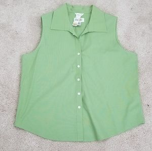 Today Only! NWT Women's Sleeveless Blouse - Green